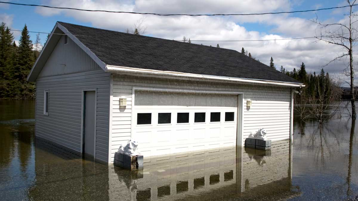 garage flooded under water