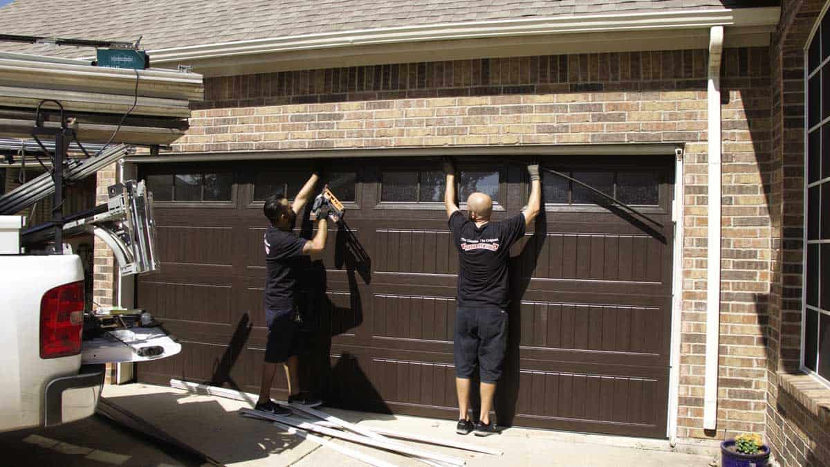garage-door-tune-up-tampa